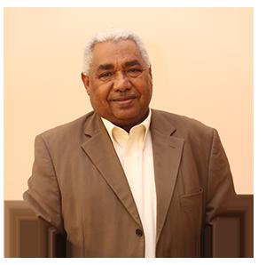 الدكتور حسن أحمد طه عضو مجلس الإدارة